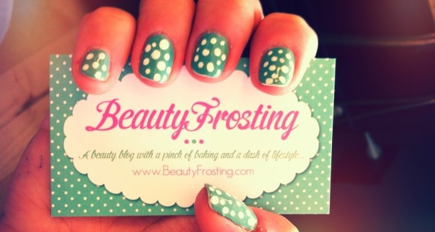 nail-business-card-design-pic